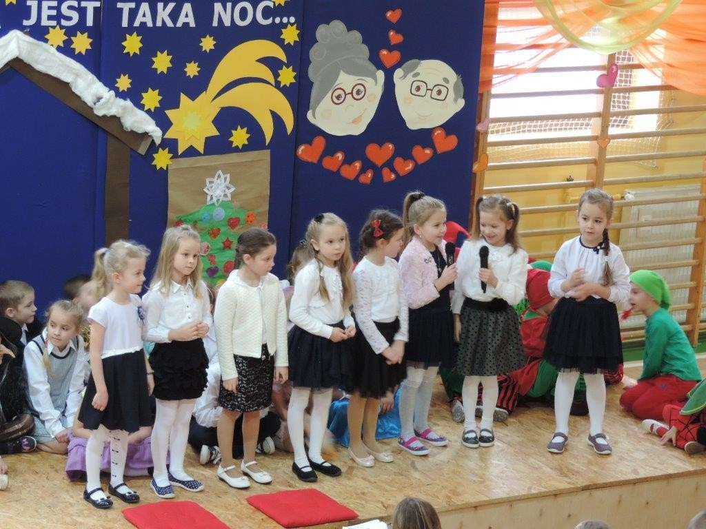dzieci mówią wiersze
