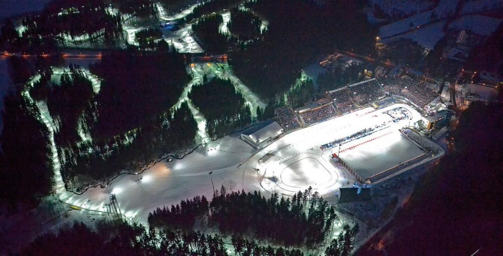 widok z lotu ptaka na stok narciarski