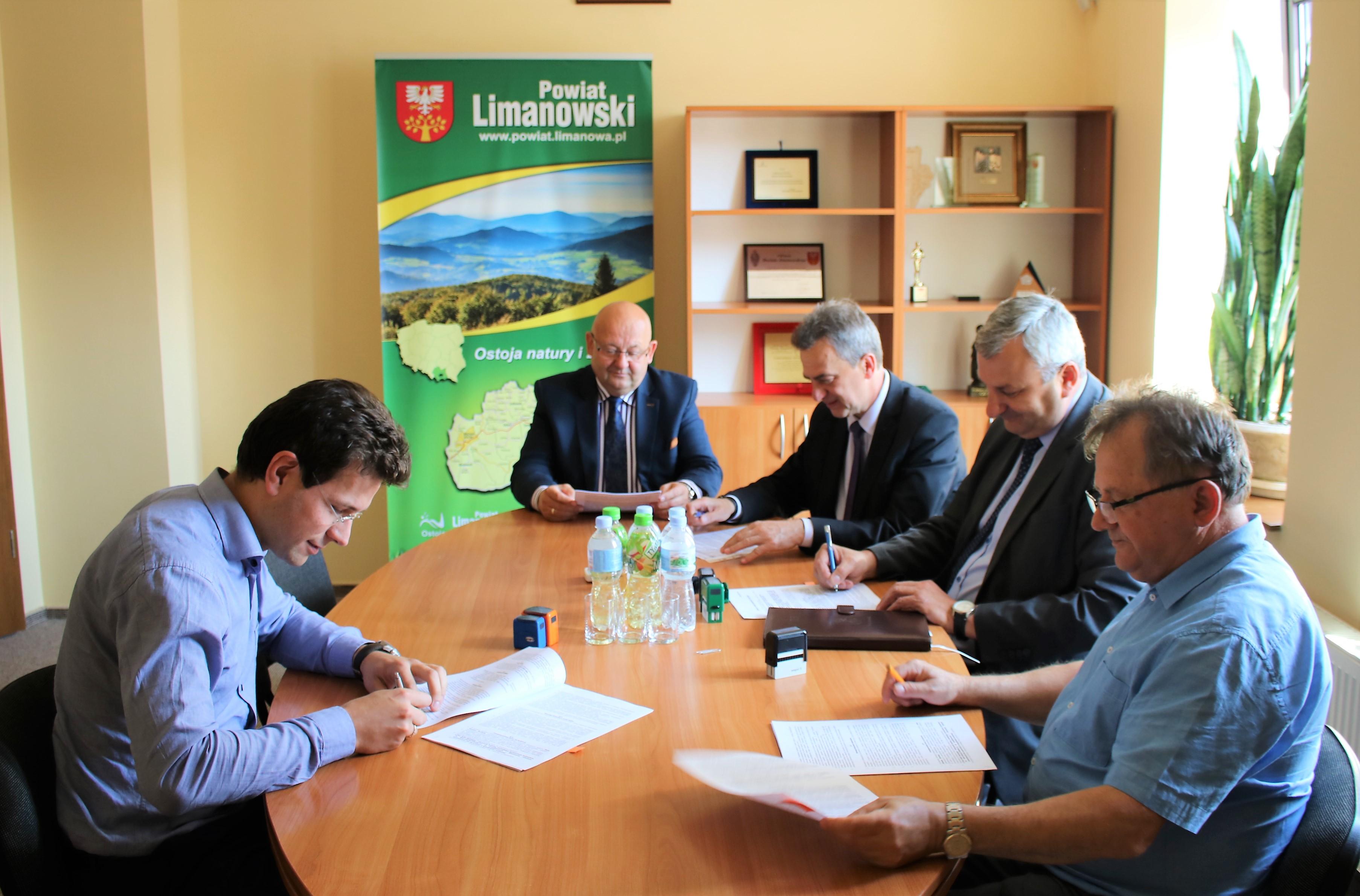 Podpisanie umowy z przedsiębiorstwem BUDMOST