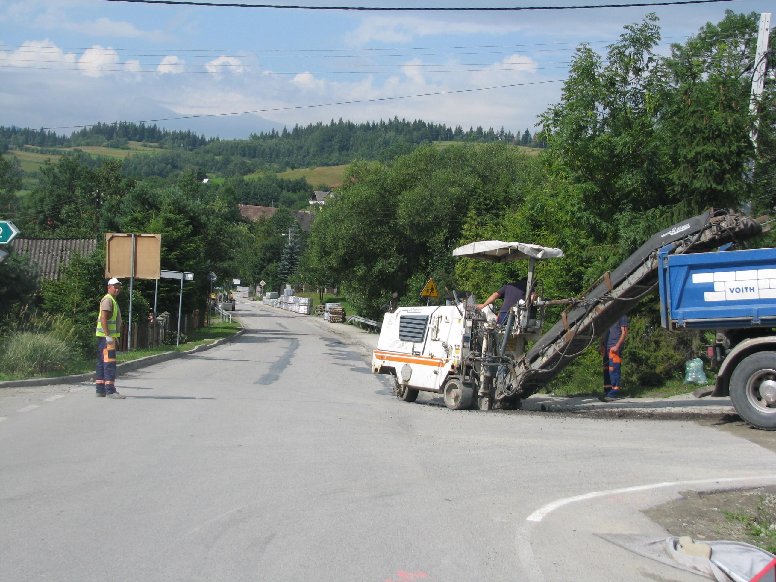 Wizytacja Zarzadu na drodze powiatwej w Zalesiu