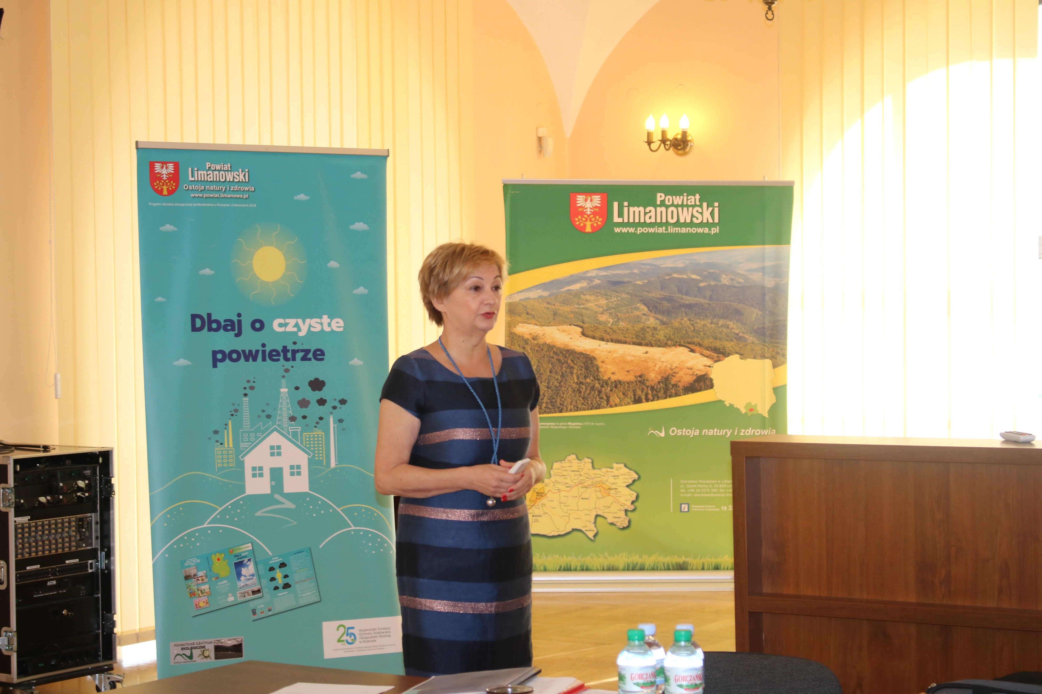 Sabina Kościsz poruszyła tematy związane z aktualnymi możliwościami pozyskania dotacji celowych związanych z ochroną powietrza dla osób fizycznych