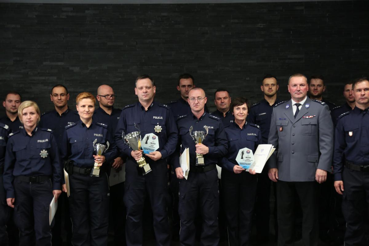 Rozdanie nagród I miejsce – podkom. Krzysztof ZAPAŁA - Komenda Powiatowa Policji w Limanowej