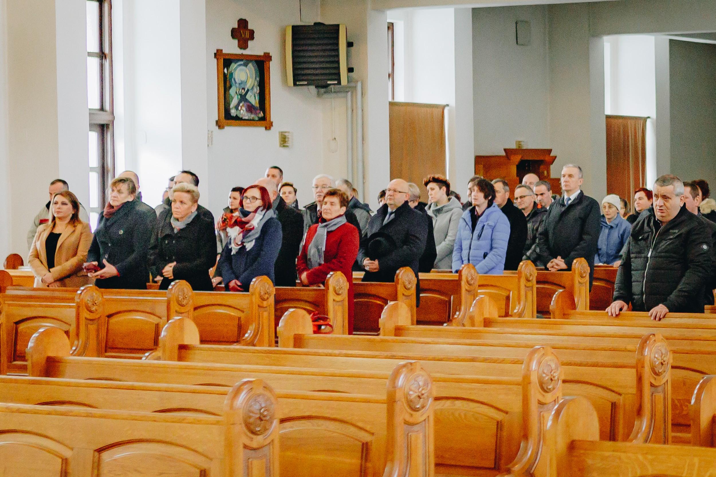 Jubileusz rozpoczęła msza święta w kościele Parafialnym w Kasinie Wielkiej
