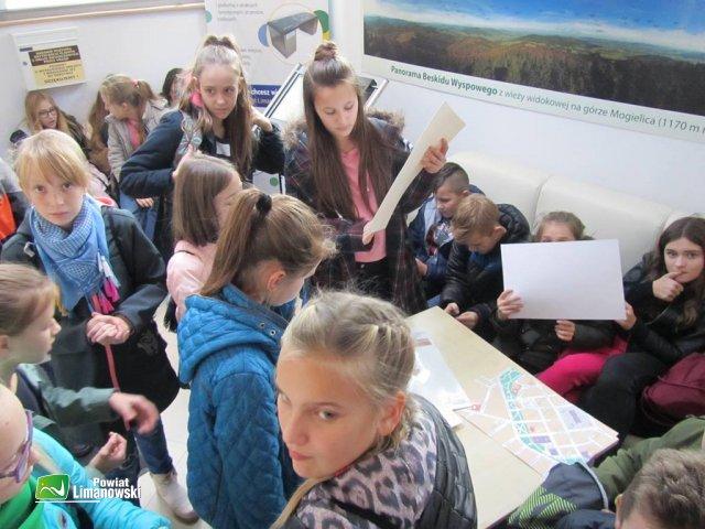 Uczniowie z Szyku