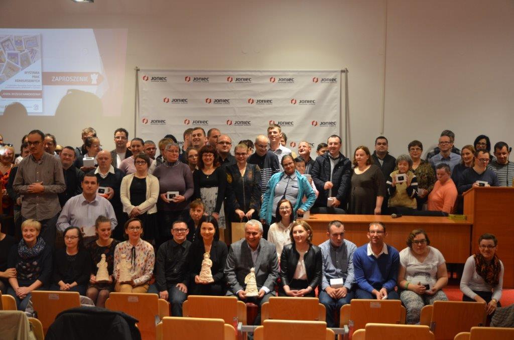 Wspólne zdjęcie wszytskich uczestników konkursu