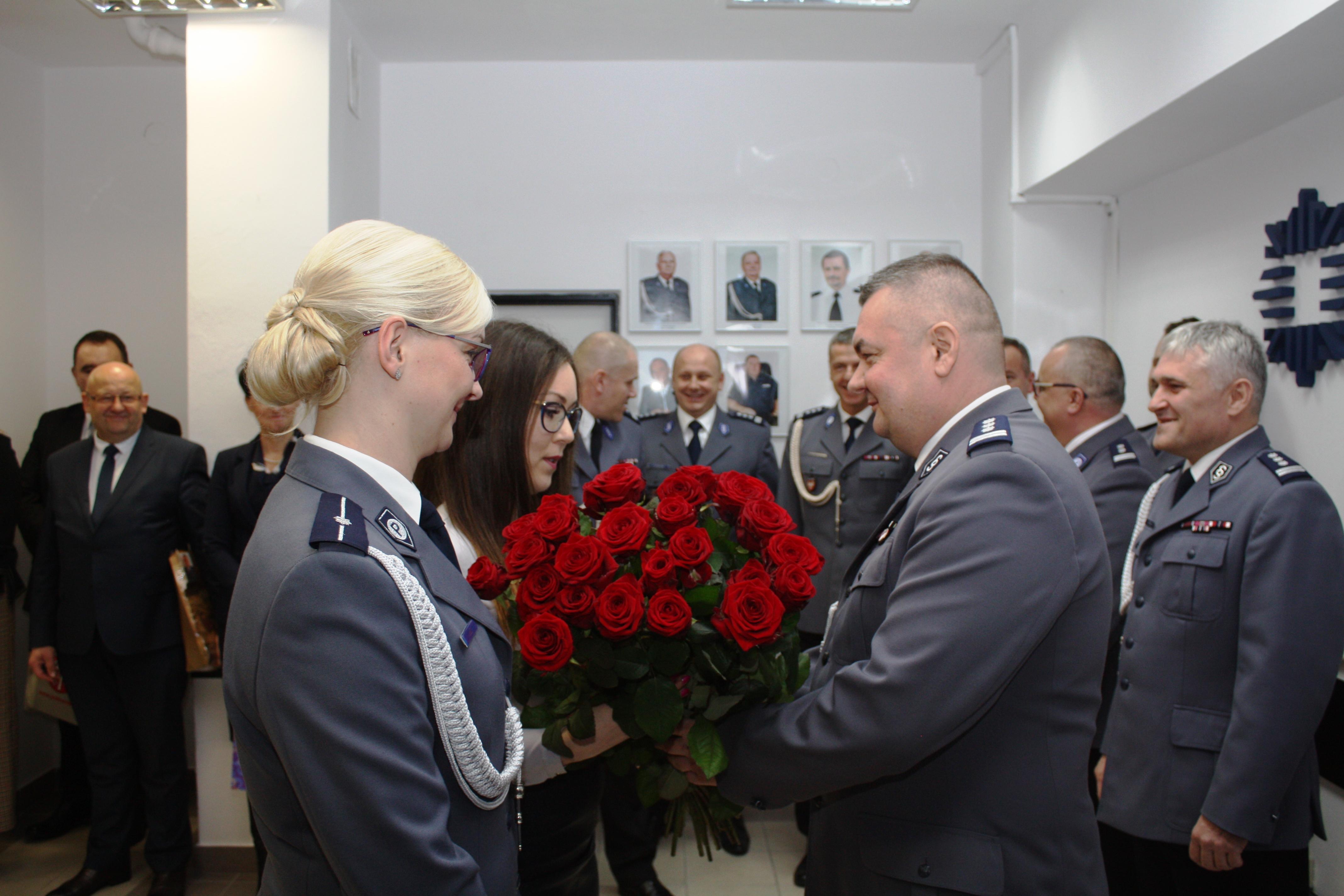 pożegnanie insp. Dariusza Urbanika Komendanta Powiatowego Policji w Limanowej przez pracowników