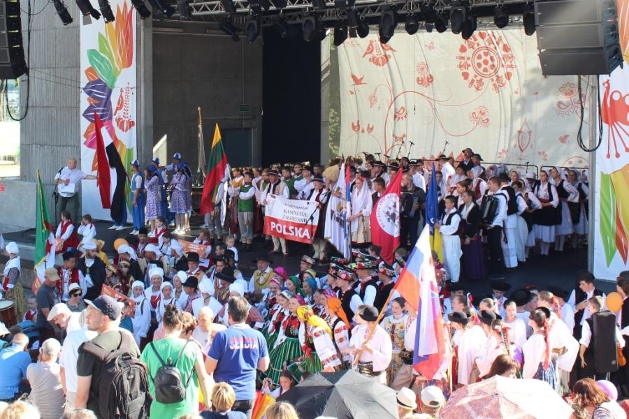 Zagórzanie podczas 16. Światowego festiwalu folkloru w Ełku