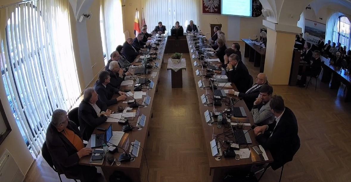 IX Sesja Rady powiatu Limanowskiego - zdjęcie sali obrad
