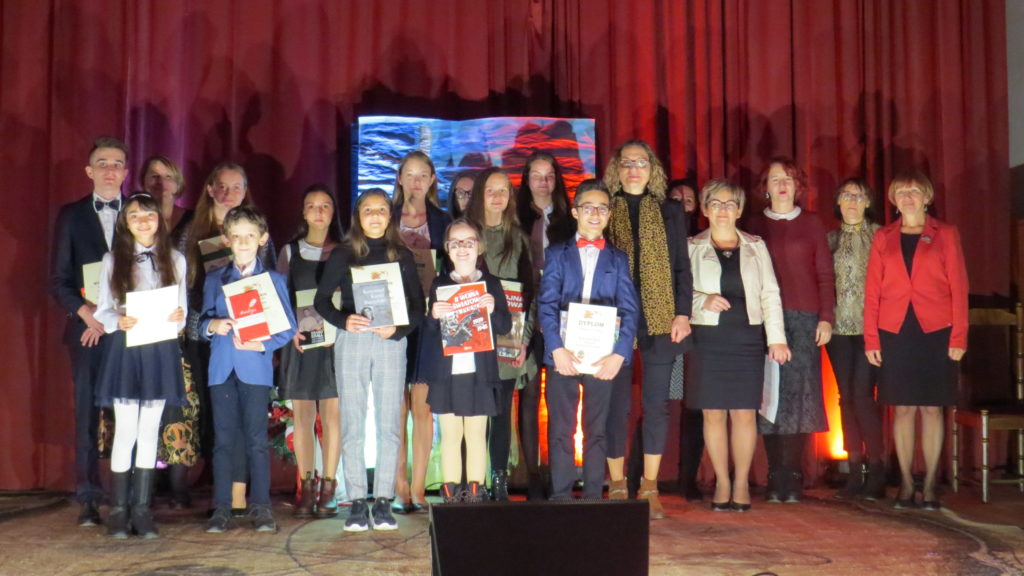 Powiatowy Konkurs Poezji i Pieśni patriotycznej 21.11.2019