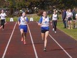 Powiatowa Licealiada Młodzieży w Drużynowej i Indywidualnej Lidze Lekkoatletycznej - zawodniczki w trakcie biegu