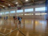 Powiatowe Igrzyska Dzieci w Halowej Piłce Nożnej Dziewcząt ; listopad 2019 - zawodniczki podczas meczu