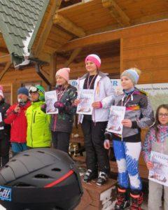 Powiatowe Igrzyska Dzieci w Narciarstwie Alpejskim - uczestnicy podczas zawodów
