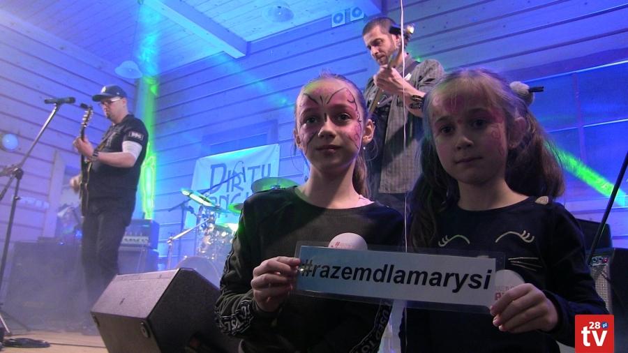 """Akcja charytatywna """"Razem dla Marysi"""" 2020 - podczas koncertu zespołu """"Dirty Tongue"""""""