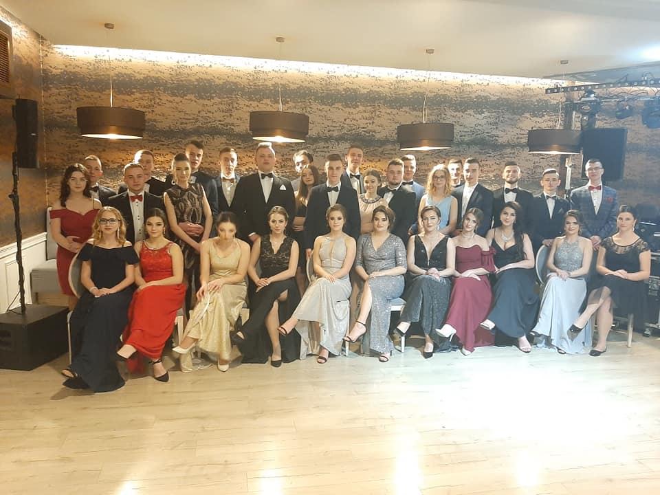 Studniówki 2020 - Zespół Szkół im. Komisji Edukacji Narodowej w Tymbarku