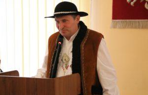 Wyróżnienia dla działaczy kultury z terenu powiatu limanowskiego - jeden z laureatów podczas przemówienia