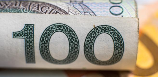 Zdjęcie przedstawiajace banknot 100 zł.