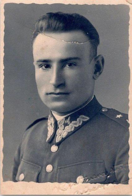 Fotogrfi przedstawiająca kpt. Tadeusz Paolone w mundurze Strzelców Podhalańskich