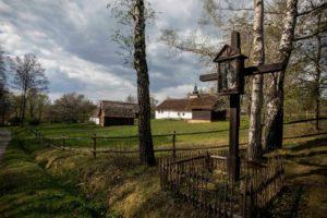 Kapliczka w nowosądeckim skansenie - fot. Piotr Droździk