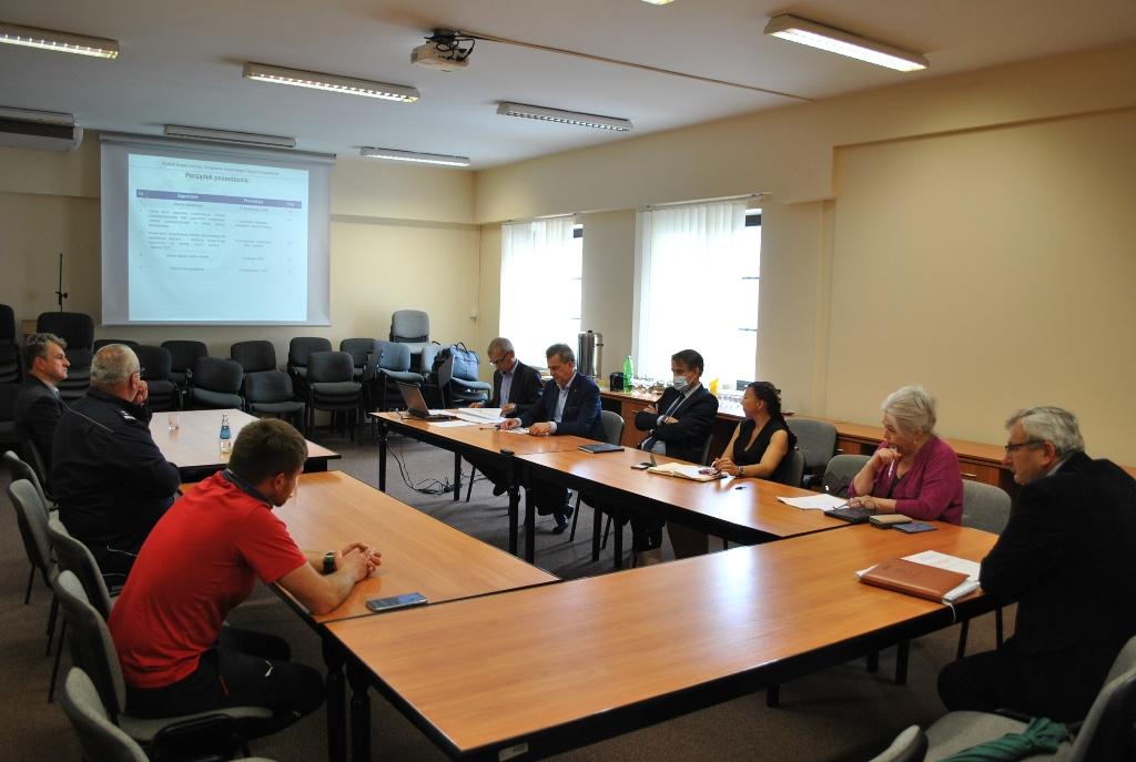 Posiedzenie Powiatowego Zespołu Zarządzania Kryzysowego - Wakacje 2020 2