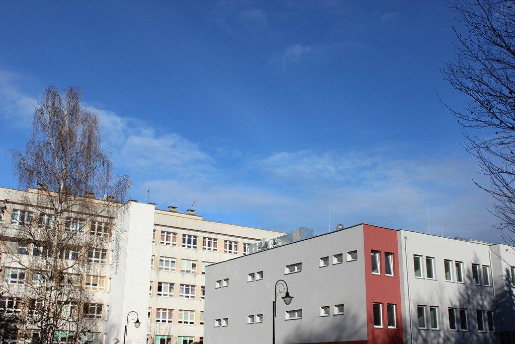 Zdjęcie - nowy budynek oddziału geriatycznego z zewnątrz