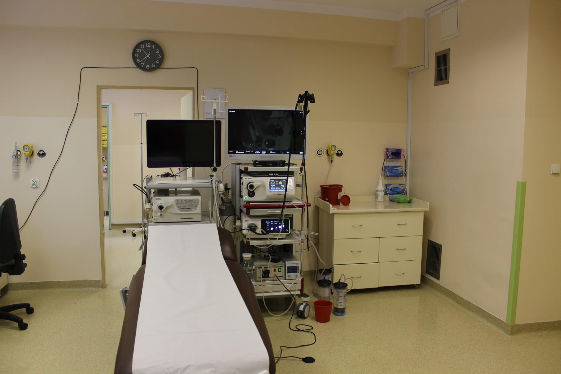 nowy sprzęt diagnostyczny w pracowni endoskopii Szpitala Powiatowego w Limanowej