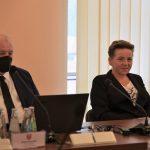 Wicestarosta Limanowski Agata Zięba wraz z Członkiem Zarzadu Józefem Jaworskim podczas XVI Sesji Rady Powiatu Limanowskiego