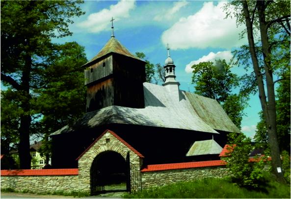 Kościół w Dobrej - widok z zewnątrz
