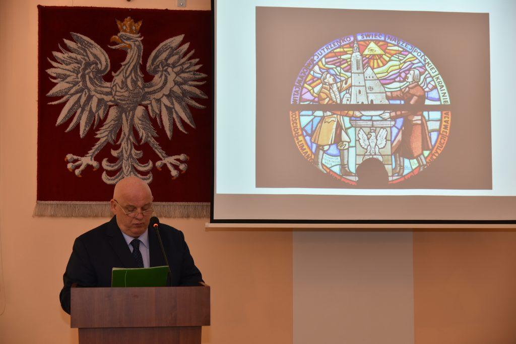 dr Józef szymon Wroński podczas referatu