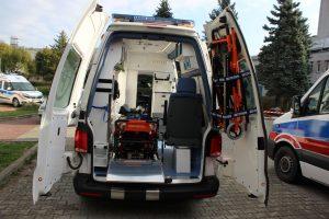 Wnętrze i wyposażenie nowego specjalistycznego ambulansu